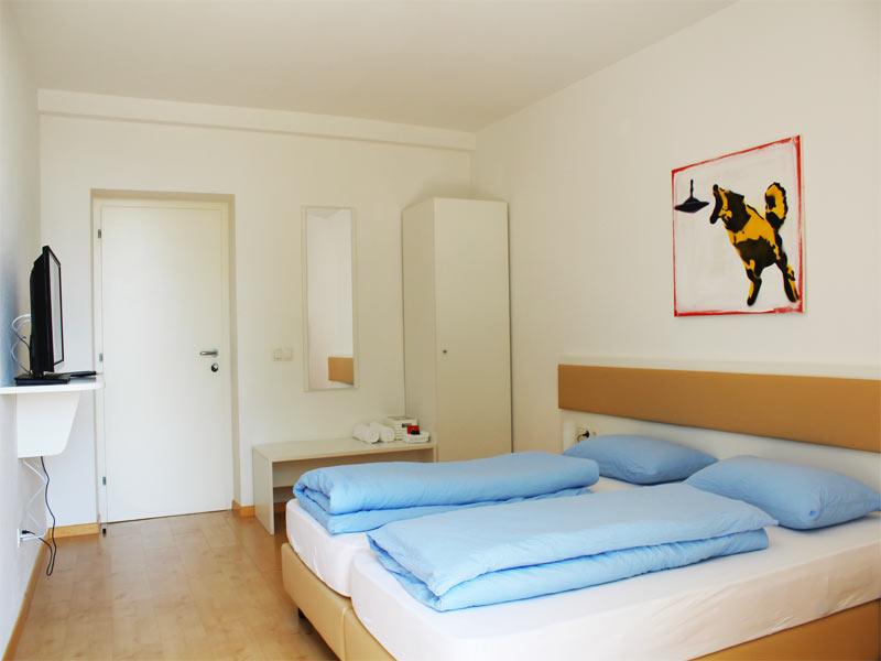 http://www.rosengartenbz.com/wp-content/uploads/2017/02/meran-manzoni-rooms.jpg