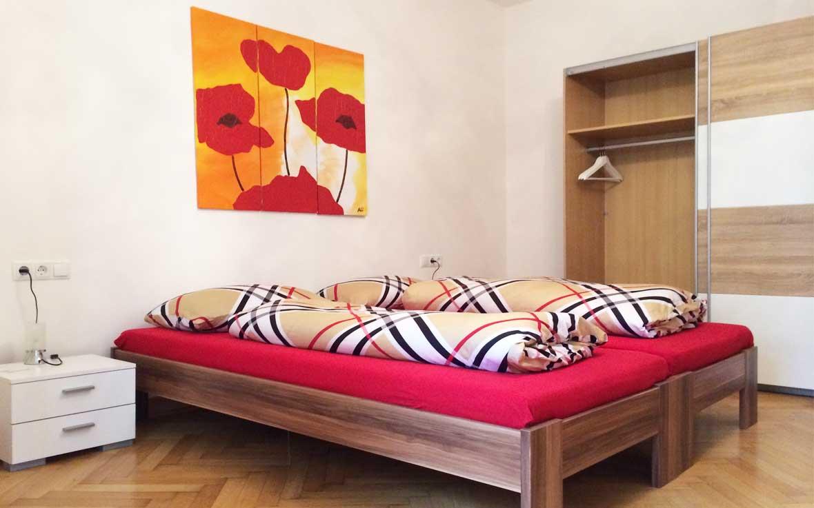 http://www.rosengartenbz.com/wp-content/uploads/2017/02/rosengarten-appartments.jpg