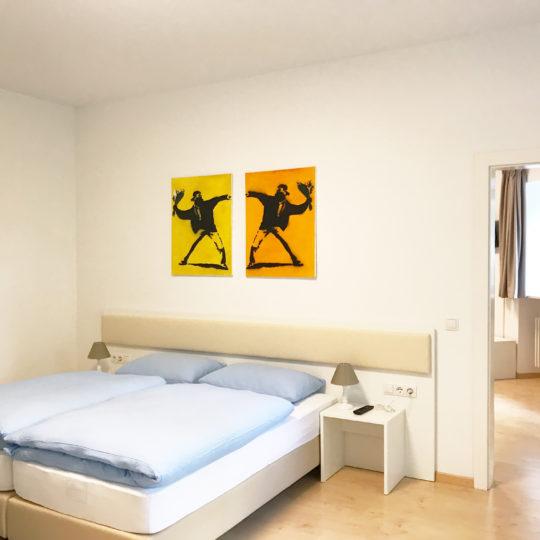 http://www.rosengartenbz.com/wp-content/uploads/2018/06/manzoni-rooms-premium-meran-alto-adige-540x540.jpg